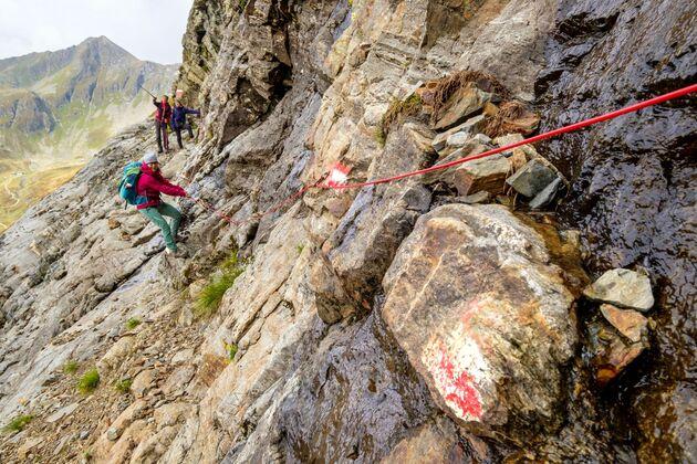 Fiatal szlovákiai nő vesztette életét az osztrák Alpokban