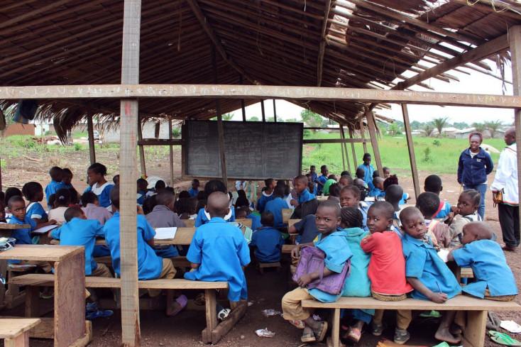 A világ iskoláinak csaknem a felében még ivóvíz vagy toalett sincs