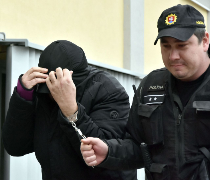 Vád alá helyezik Vadala testvérét: Fojtogatott valakit, és közben azt mondta, hogy ő egy maffiózó