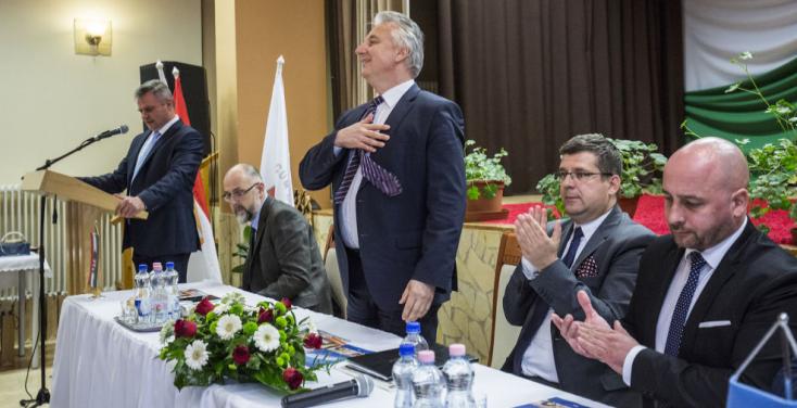 Most jött a hír: Egyesülhet a Híd és az MKP! Ehhez kellett a Fidesz hátraarca is