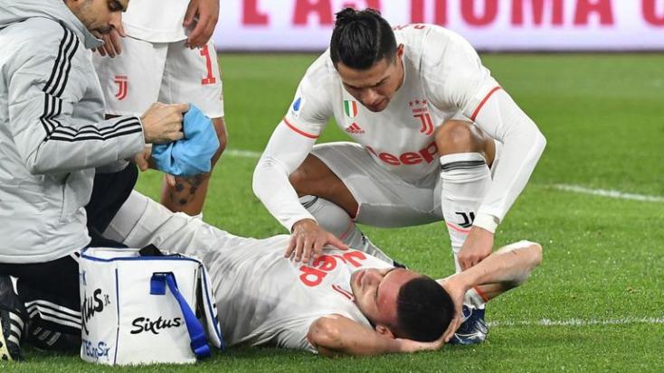 Térdműtét miatt nem játszhat az idényben a Juventus török védője