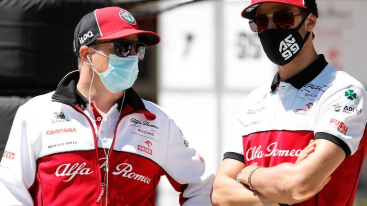 Megtartja versenyzőpárosát jövőre a Forma-1-es Alfa Romeo istálló