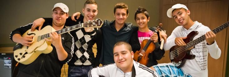 Fiatal zenésztehetségeket keres a Snétberger Központ
