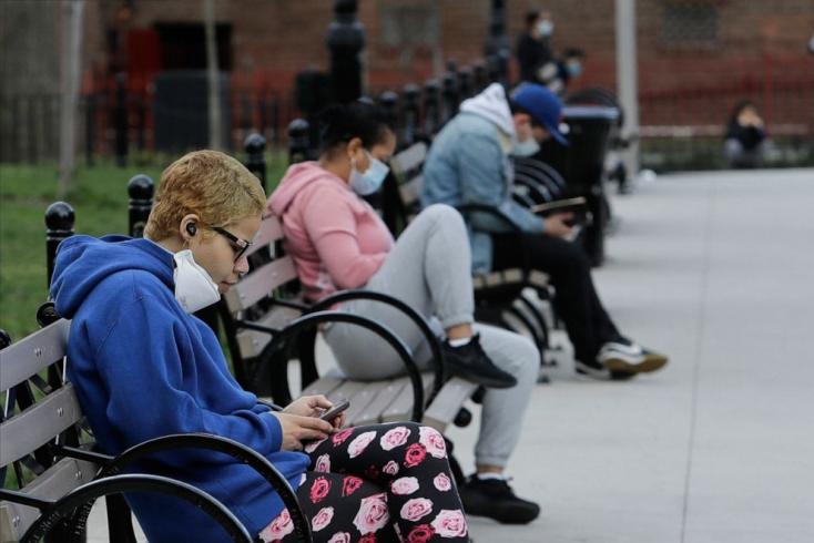 A távolságtartás 45 százalékkal is csökkenthette a járvány terjedésétegy tanulmány szerint
