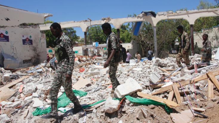 Felrobbantotta magát egy öngyilkos merénylő Mogadishuban