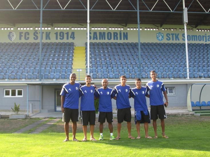 Ronaldinho csapatával kötött együttműködést az ŠTK Somorja