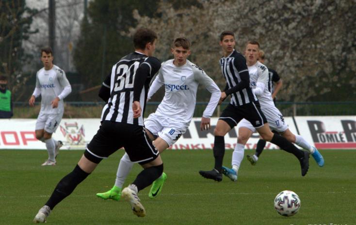 II. labdarúgóliga, 26. forduló: Zsinórban ötödször nyerne a Somorja
