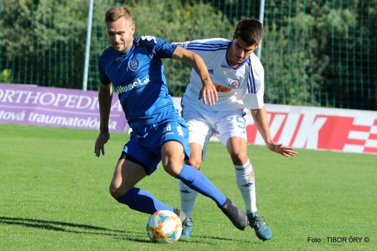II. labdarúgóliga, 12. forduló: A KFC ellen a Slovan első csapatának játékosait is bevetették