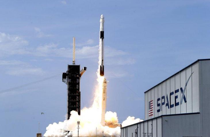 A SpaceX az űrmissziók egyik legnagyobb költségét csökkentette az újrahasznosítható rakétáival