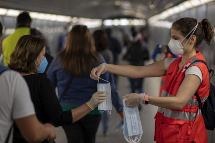 Spanyolország június végéig nem oldja fel a határain bevezetett korlátozásokat