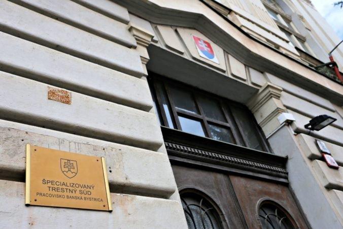 100-ból igazán csak 4 ember bízik a szlovák bíróságokban