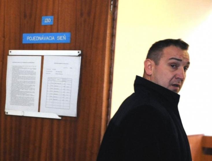 A rendőrség csütörtök óta körözi a kereket oldó kelet-szlovákiai maffiafőnököt