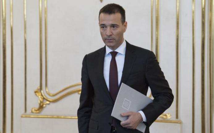 Kiska elfogadta Tomáš Drucker belügyminiszter lemondását