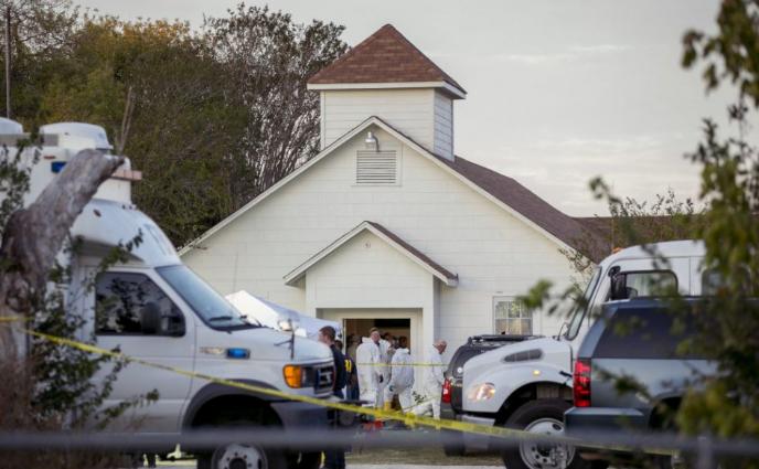 Emlékmű lesz az a texasi baptista templom, ahol a múlt héten tömegmészárlást követtek el