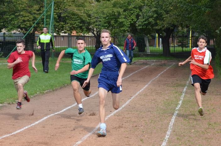 A Diákolimpia legjobb atlétái: Hajzuk, Mészáros, Ďuráč, Varga