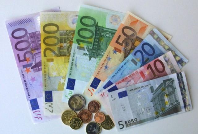 Továbbra is nagyon népszerű az euró az Európai Unióban