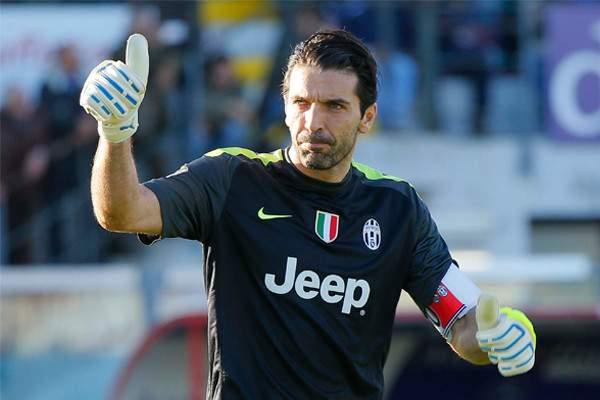 Gianluigi Buffon visszatér a válogatottba, ha hívják