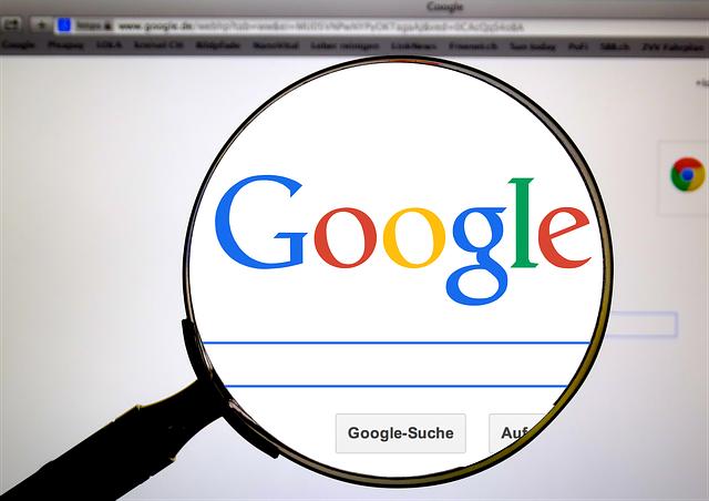 Naponta több mint hatmillió megtévesztő hirdetést törölt a Google tavaly
