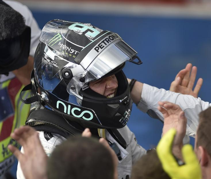 Német Nagydíj - Rosberg nyerte az időmérőt