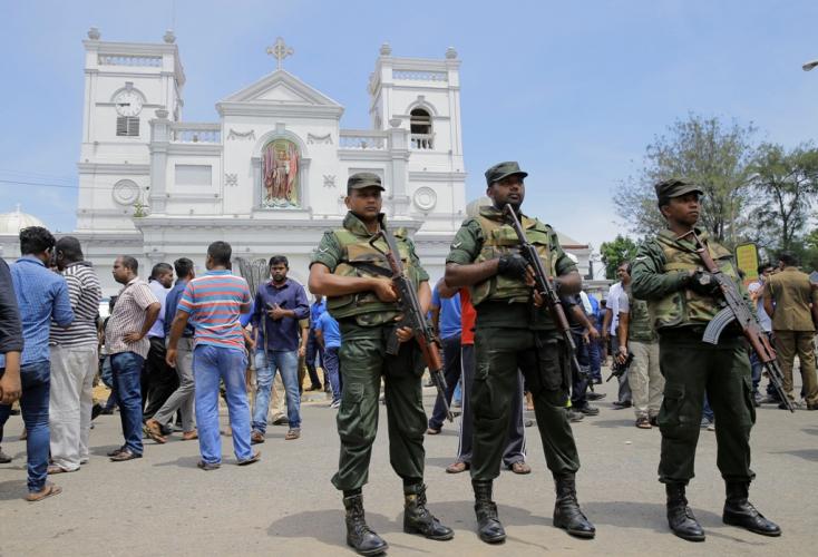 Merényletek Srí Lankán - Őrizetbe vettek hét embert, három rendőr meghalt