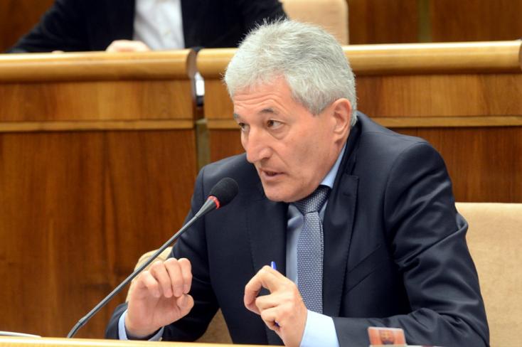 A Spoluhoz csatlakozik Matovič egyik képviselője