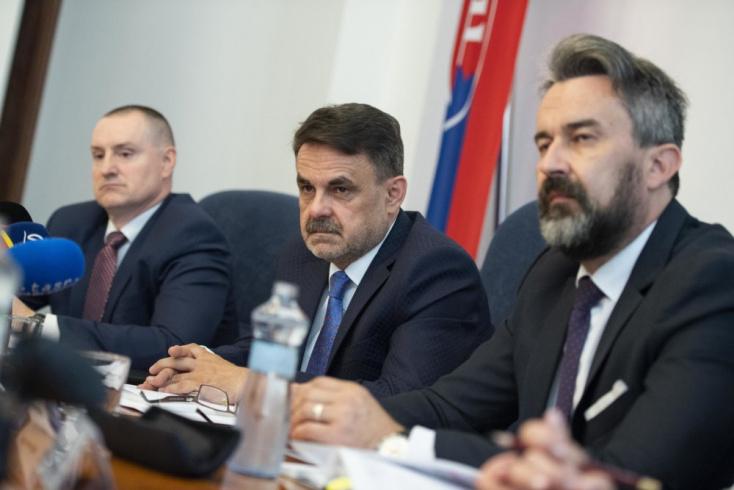 """""""Ali Ajuška volt a beceneve, nem tudtam, mi a valódi neve"""" – így a leváltott főügyészhelyettes Zsuzsováról"""