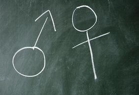 A lengyel kormány nem tervezi büntetni a szexuális felvilágosítást