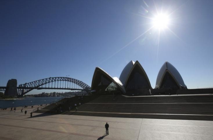 Újabb hőmérsékleti csúcsokkal és a bozóttüzek továbbterjedésével számol Ausztrália