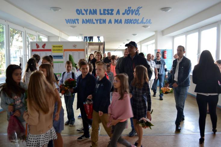 Rekordszámú elsőssel indítja a tanévet a dunaszerdahelyi Szabó Gyula
