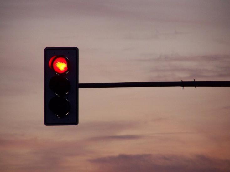 Új közlekedési lámpákat szereltek fel Érsekújvárban