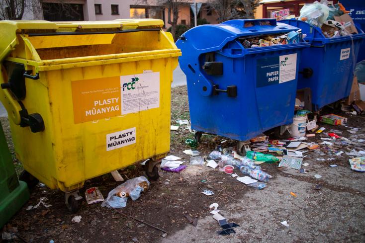 Jóváhagyta a kormány, eltűnnek Szlovákiából a műanyag tányérok, szívószálak, fülpiszkálók!