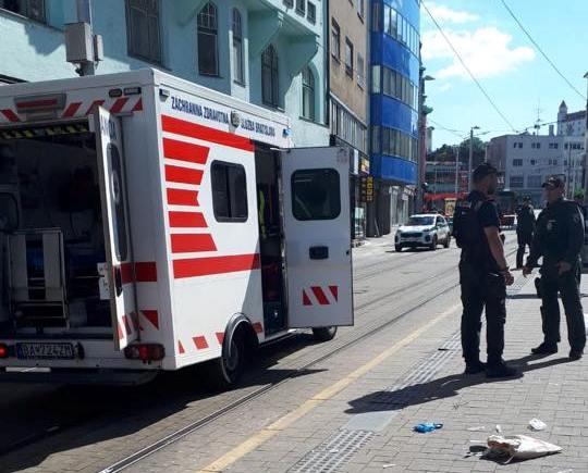 """""""Jogotokban áll minden rendőrt és politikust megölni"""" - hangzik a pozsonyi késes ámokfutó felhívása"""