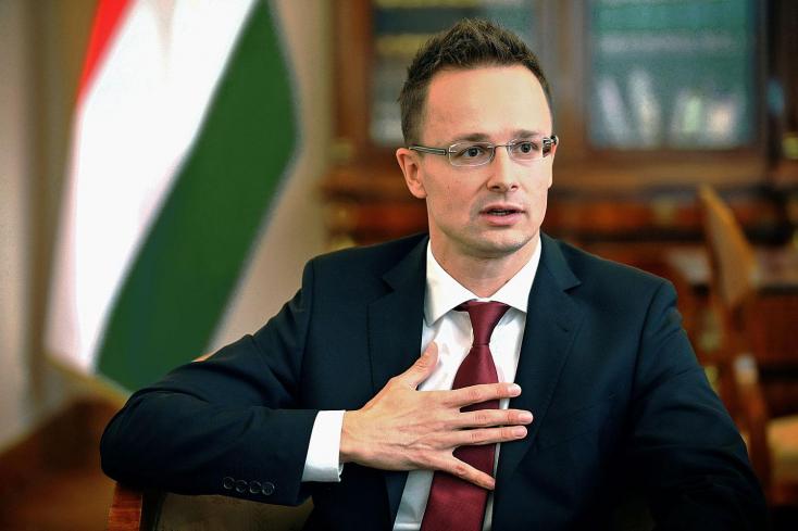 Szijjártó öt észak-európai ország nagykövetét hívja feketelevesre, mert megbántották a több mint ezer éves magyar nemzetet…!