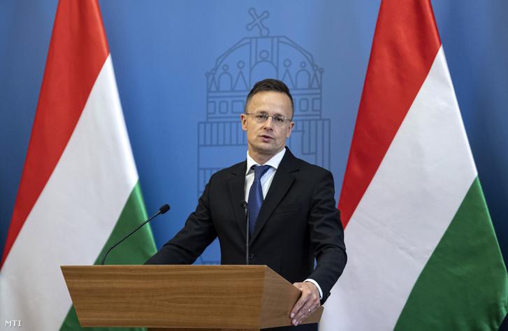 Pozitív lett Szijjártó Péter magyar külügyminiszter koronavírustesztje