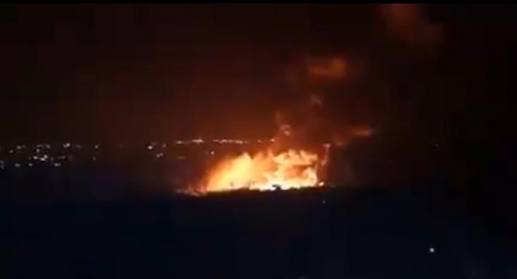 Izrael légi csapásokat hajtott végre Szíria északnyugati részén (videó)