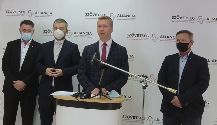 Áfacsökkentés és 100 eurós utalvány minden beoltottnak – így mentené meg a vendéglátóipart a Szövetség