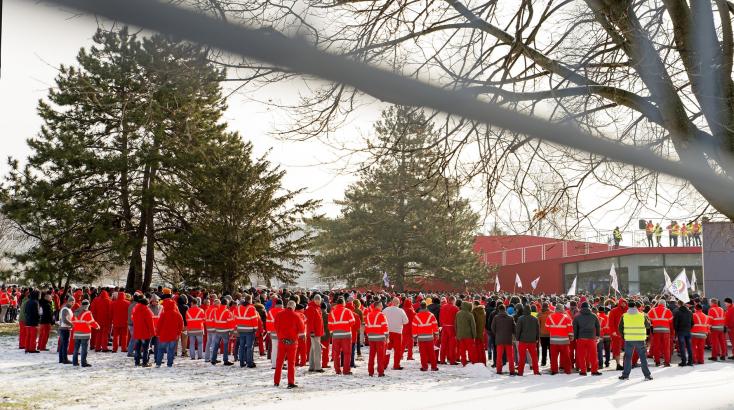 Folytatódik az Audi-sztrájk Győrben