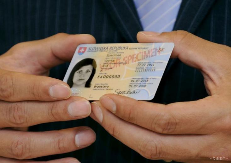 BRAVÓ: A kormány zöld utat adott, szétbarmolhatják a születési számainkat!