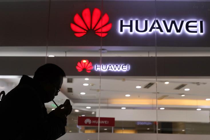 """""""Nem tudtok eltiporni!"""" - Üzeni az USA-nak a Huawei"""