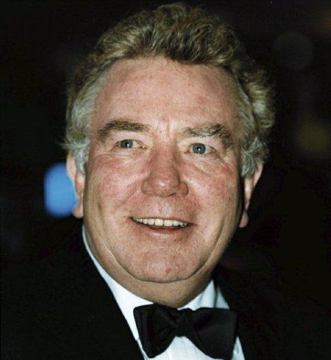 Meghalt a legendás angol színész