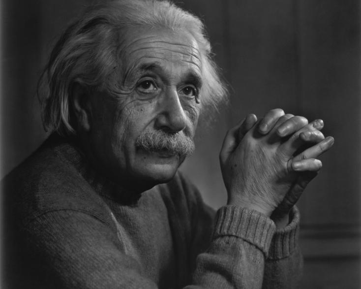 Albert Einstein levelei 190 ezer euróért keltek el