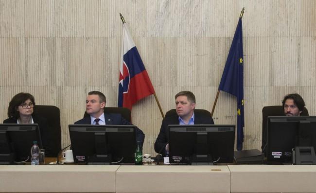 A kormány rábólintott a Mečiar-amnesztiák eltörlésére vonatkozó javaslatra