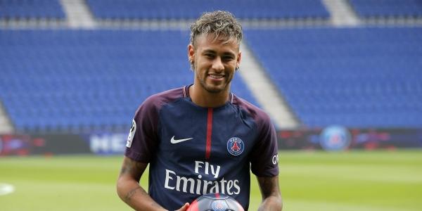 Neymar a pihenése után csatlakozott a PSG-hez