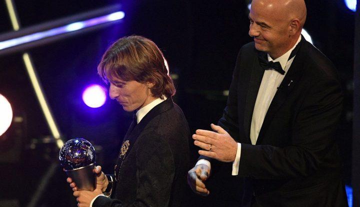 FIFA-gála - A nemzetközi sajtó dicséretekkel halmozta el Modricot, Cristiano Ronaldót a távolmaradása miatt kritizálta