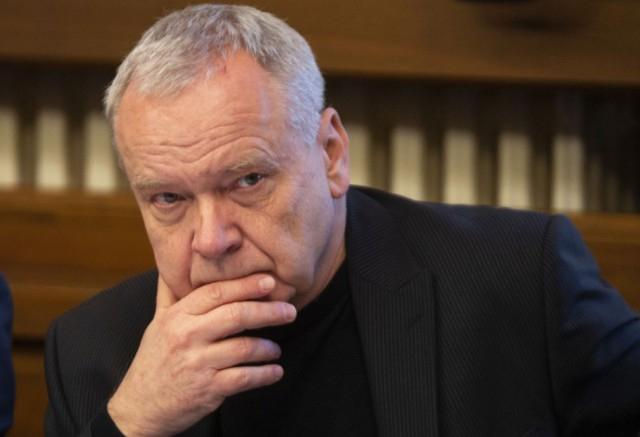 A Híd parlamenti képviselője a melegekről és az eutanáziáról is szót ejtett alkotmánybíró-jelölti meghallgatásán