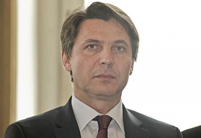 Csökkentették Pozsony főpolgármesterének a fizetését