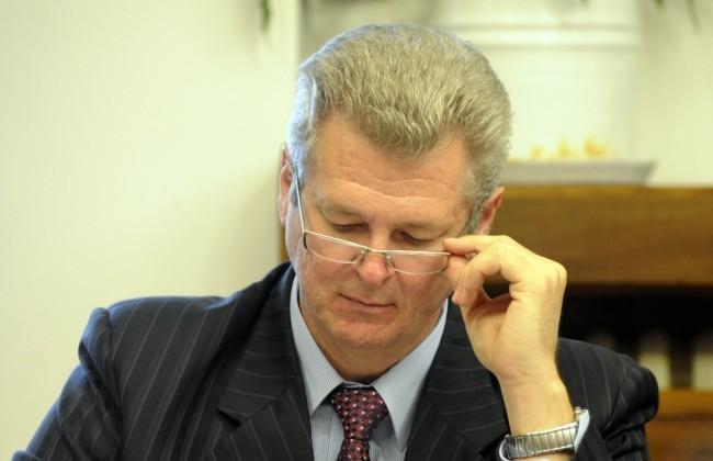 Pont kerülhet a csalással vádolt Szigeti László bírósági perének a végére