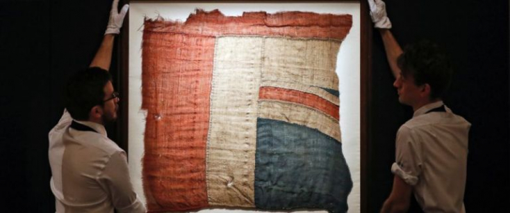 Többszázezer fontért kelt el Nelson admirális trafalgari zászlajának egy darabja