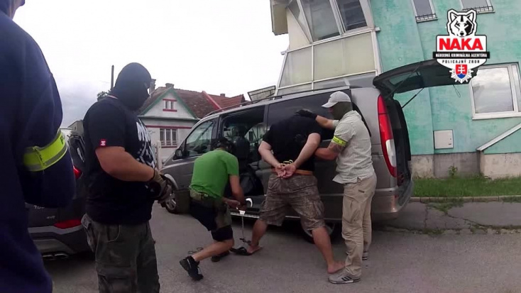 A bíróság elrendelte a terrorizmussal gyanúsított férfi letartóztatását