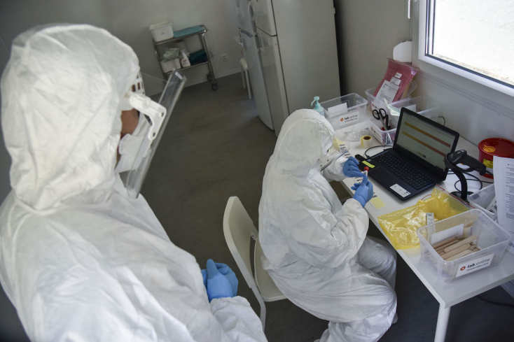 Koronavírus: Belgium több tartományában már nem kezelnek fertőzött beteget intenzív osztályokon